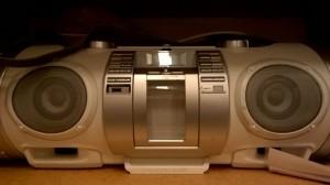 radio77